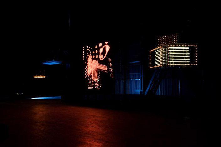 Philippe Parreno Danny the Street (2006- 2015) (particolare) Courtesy dell'artista; Pilar Corrias Gallery; Gladstone Gallery; Esther Schipper; Pirelli HangarBicocca, Milano. Foto: Andrea Rossetti