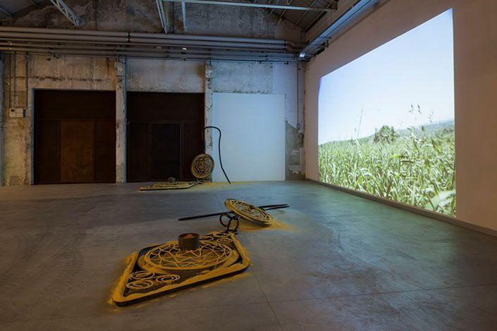"Petrit Halilaj ""Space Shuttle in the Garden"", exhibition view Courtesy the artist and Pirelli HangarBicocca, Milan Photo: Agostino Osio"