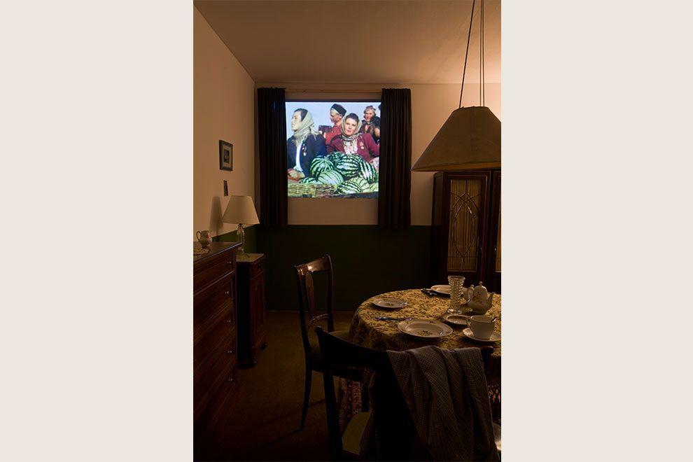 Ilya & Emilia Kabakov, The Happiest Man, 2012. Veduta dell'installazione, Pirelli HangarBicocca, Milano. Courtesy Pirelli HangarBicocca, Milano. Foto Agostino Osio.