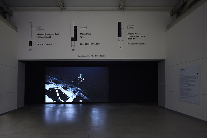 Giorgio Andreotta Calò Senza titolo (Jona), 2019 Installation view at Pirelli HangarBicocca, Milan, 2019. Commissioned and produced by Pirelli HangarBicocca. Courtesy of the artist and Pirelli HangarBicocca. Photo: Agostino Osio