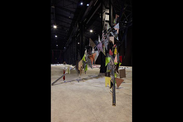 Sheela Gowda If You Saw Desire, 2015 Installation view at Pirelli HangarBicocca, Milan, 2019 Courtesy of the artist and Pirelli HangarBicocca Photo: Agostino Osio