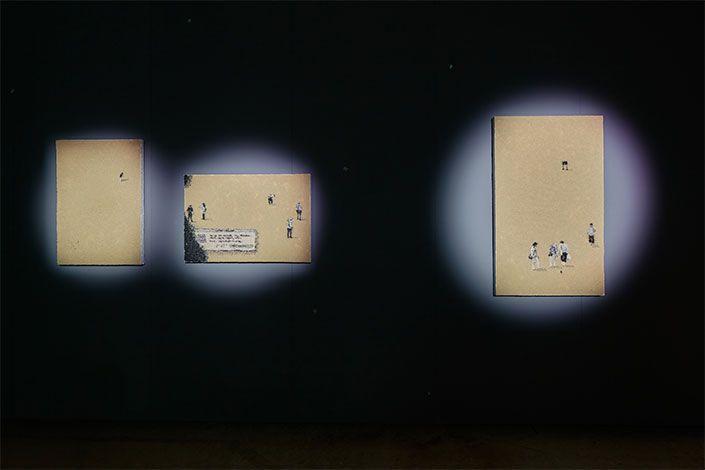Trisha Baga Seeds Paintings, 2017, veduta dell'installazione, Pirelli HangarBicocca, Milano, 2020. Courtesy dell'artista e Pirelli HangarBicocca, Milano Foto: Agostino Osio