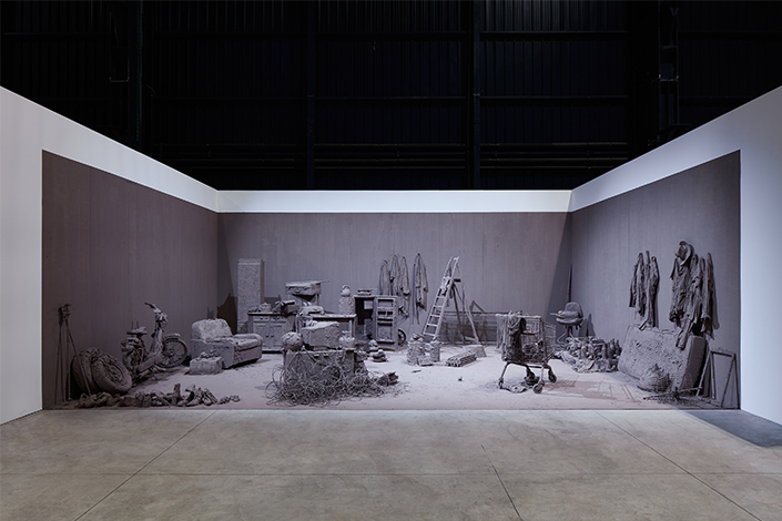 Chen Zhen Purification Room, 2000 Installation view, Pirelli HangarBicocca, Milan, 2020 © Chen Zhen by ADAGP, Paris Courtesy Pirelli HangarBicocca, Milan, and GALLERIA CONTINUA Photo: Agostino Osio
