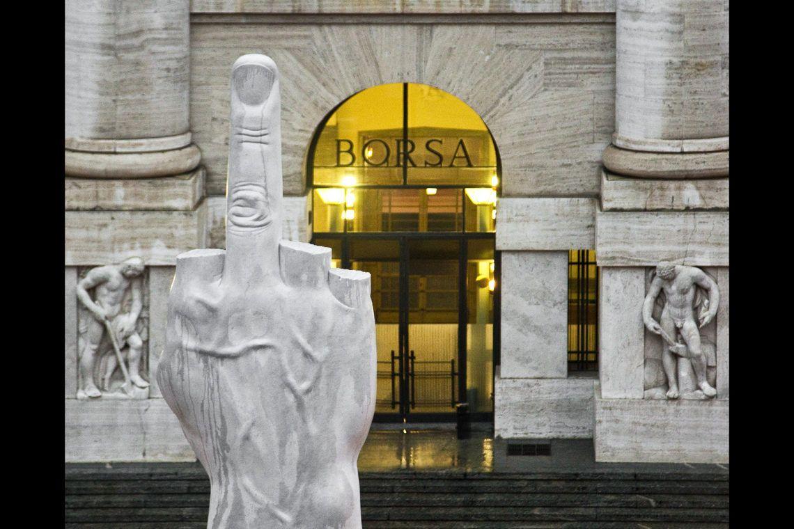 Maurizio Cattelan L.O.V.E, 2010 (detail) Carrara marble Figure: 470 x 220 x 72 cm; base: 630 x 470 x 470 cm Installation view, Piazza Affari, Milan, September 25,2010– Courtesy Maurizio Cattelan's Archive Photo Zeno Zotti