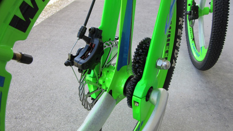 Chainless S1: on the bike without chains, and with two steering wheels 2