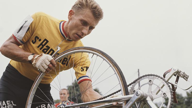 La révolution of Anquetil 02