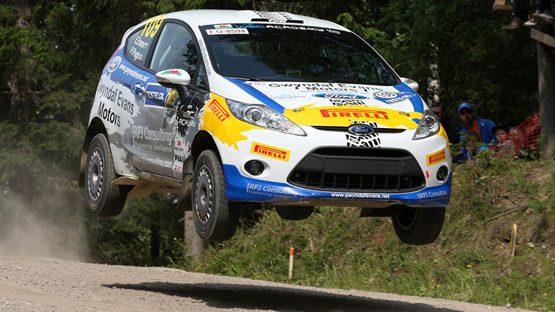 Pirelli to return to World Rally Championship from 2018 02