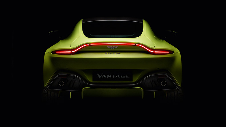I pneumatici Pirelli P Zero sulla nuova Aston Martin Vantage 02