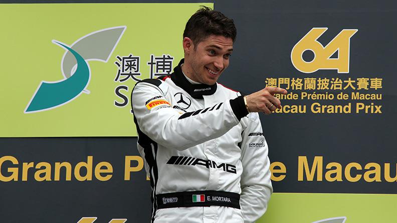 Talking to Mr Macau 01