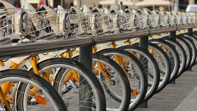 Pedalling Milan