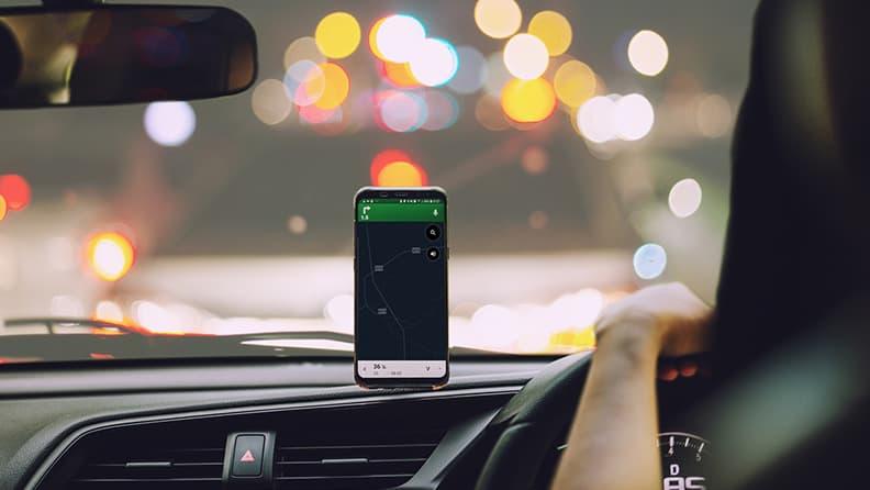 Viaggiare bene: le migliori app per la guida
