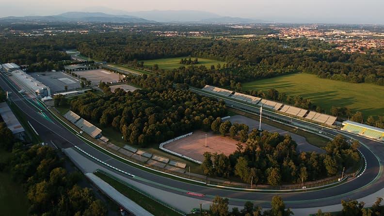 Parabolica di Monza: ecco come ha cambiato aspetto 01