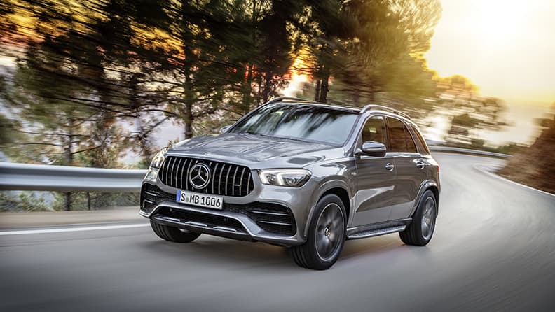 Fast driving in super SUVs - Mercedes Classe G, GLC, GLE