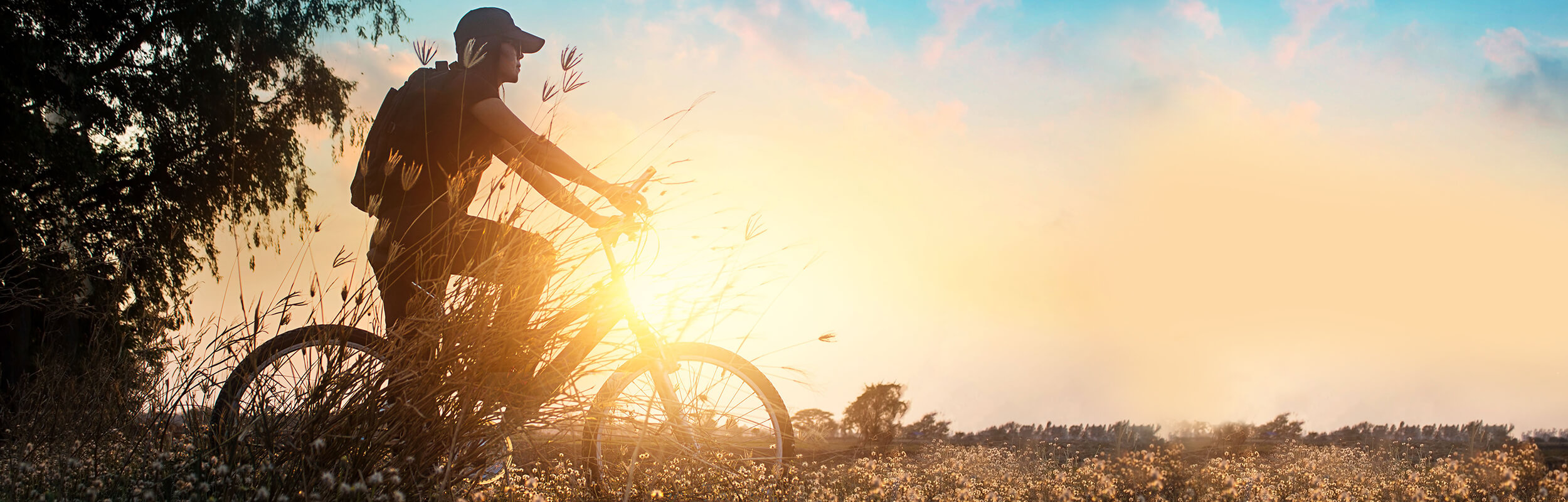 46d6574ff CYCLE-E AROUND: TWO WHEELS, MILES OF EXPERIENCES. Spend YOUR HOLIDAY  discovering AMAZING VIEWS AND HIDDEN GEMS