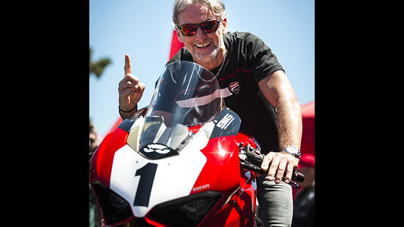 Panigale V4 25° Anniversario 916, a tribute to the most famous of the Ducati 01