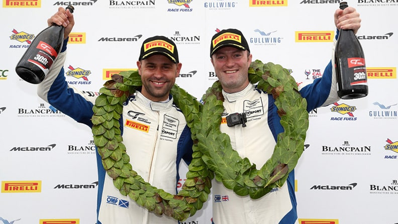 The great Scots on top in British GT 01