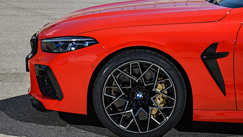 The new BMW M8 and a new P Zero - a high performance duo 02