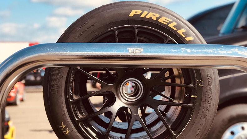 Let it race, let it race, let it race… 01