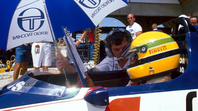 Senna, a estreia do jovem prodígio: de Pirelli 02