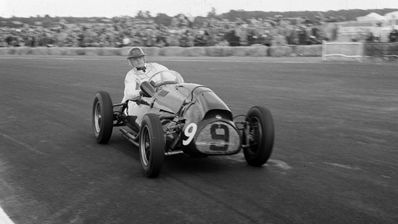 Mike Hawthorn, a champion out of time 01