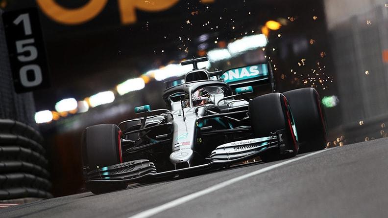 F1, sosta lunga e test: la Mercedes resta favorita 02