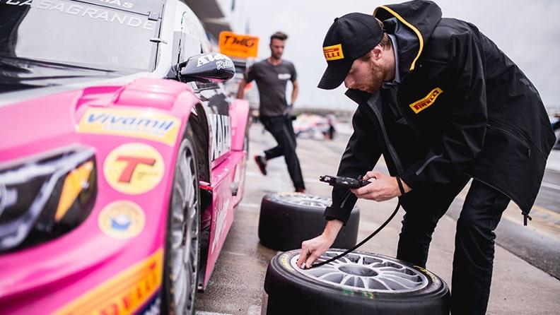 Pirelli nas pistas de corrida 02