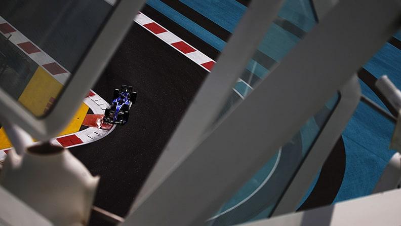 F1, GP di Abu Dhabi: tutto iniziò per colpa di un cavallo 01