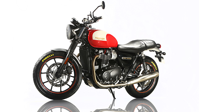 Triumph And Pirelli Team Up For The New Bonneville Range