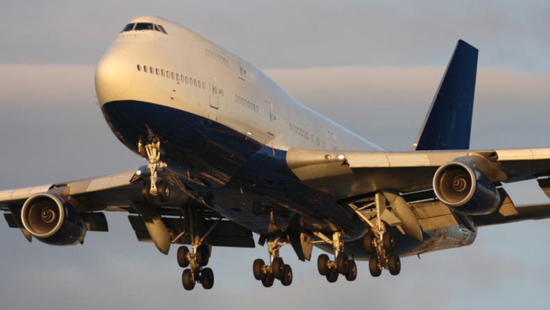 The Boeing 747 retires 1