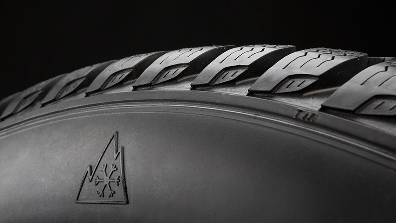 Pirelli Cinturato Winter, the new winter tyre takes on the glacier challenge 03