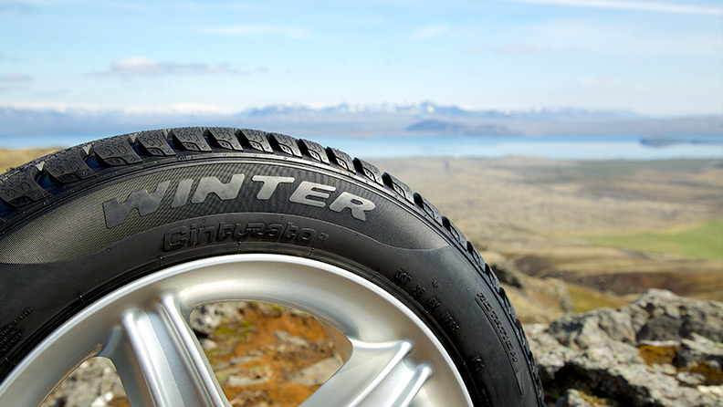 Pirelli Cinturato Winter, the new winter tyre takes on the glacier challenge 02