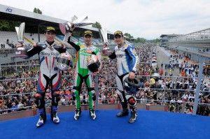279_R05_Race2_podium